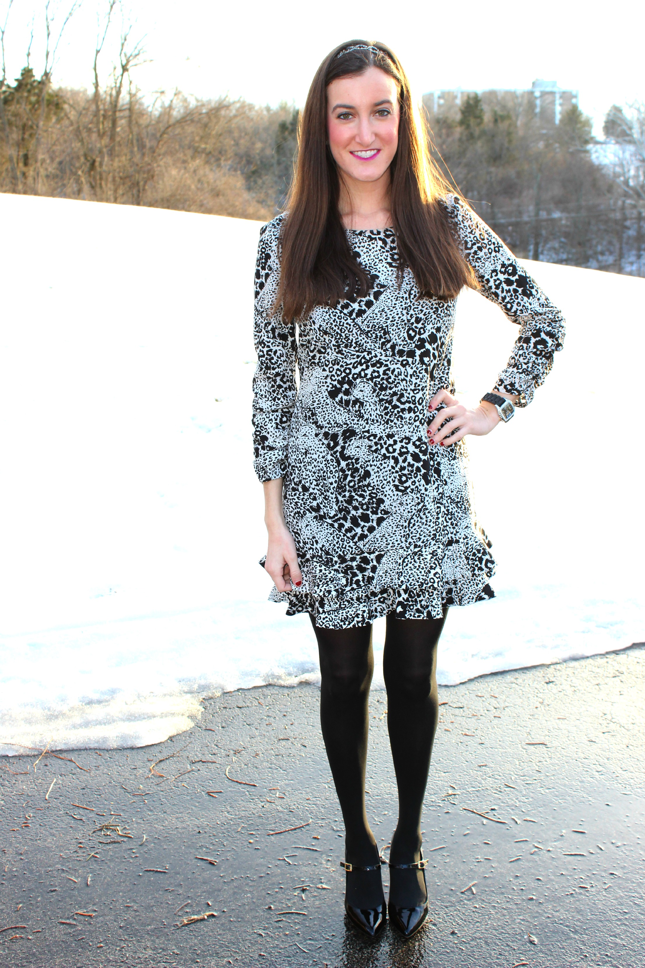 e6a32892ebf13 Black and White Leopard Print Dress