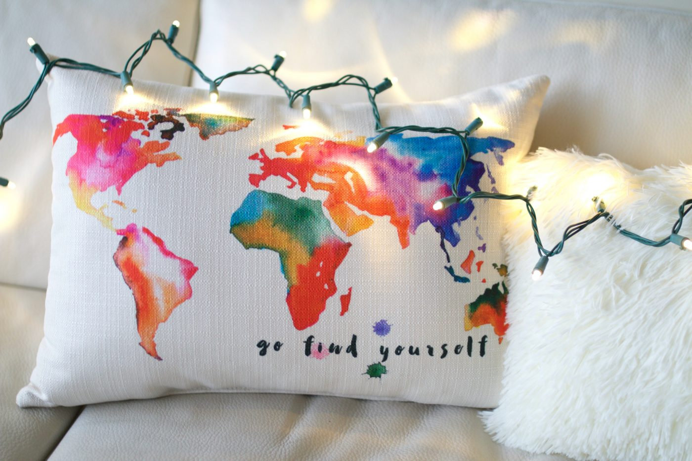 Go Find yourself world map pillow