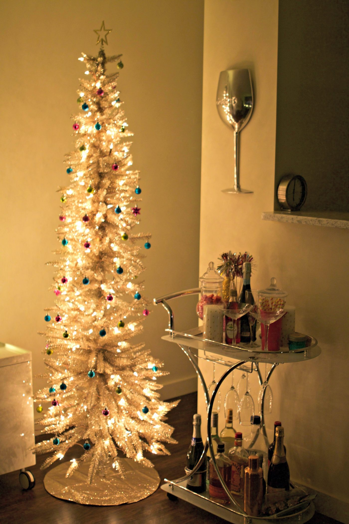 How To Decorate a Condo For Christmas