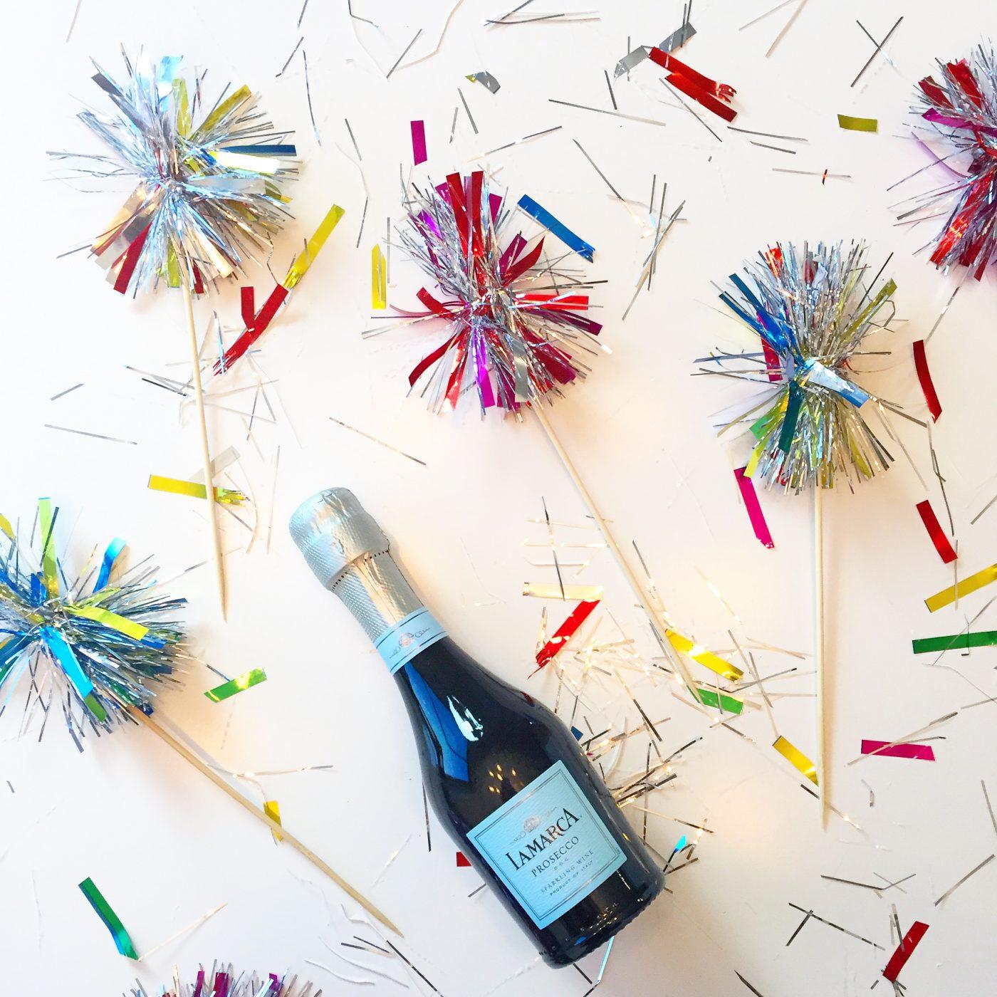 DIY Tinsel Drink Stirrers & Lamarca Prosecco