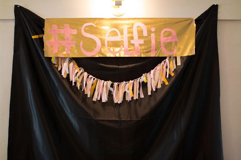 DIY Selfie Station