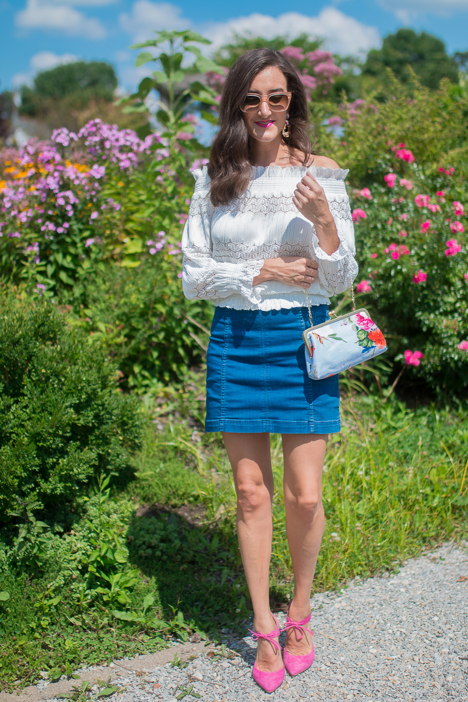 How To Wear a Denim Mini Skirt