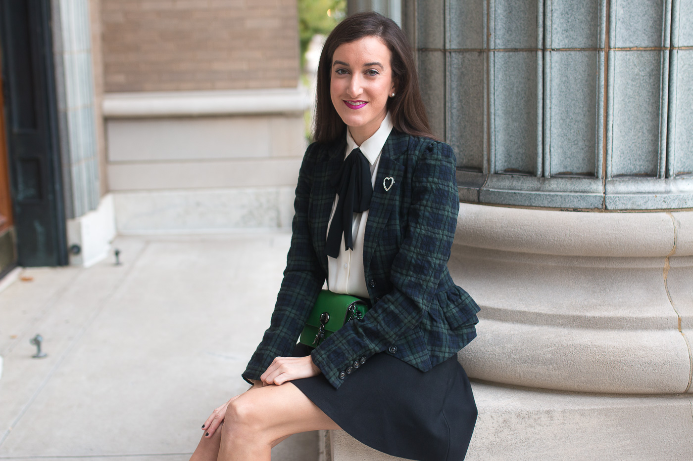 How to wear a plaid blazer