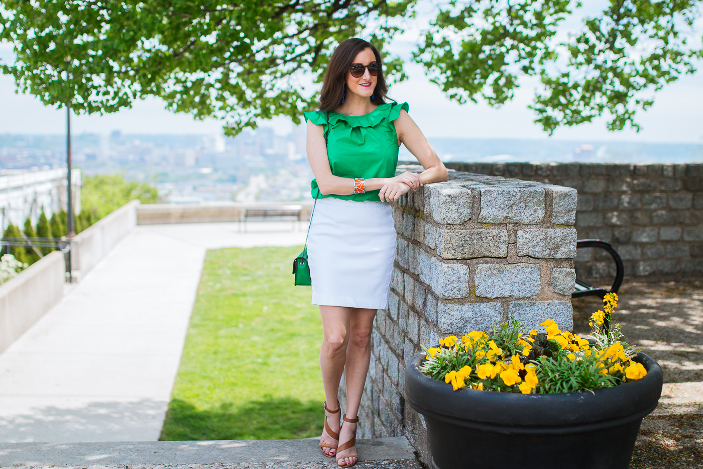 Green and White spring Outfit