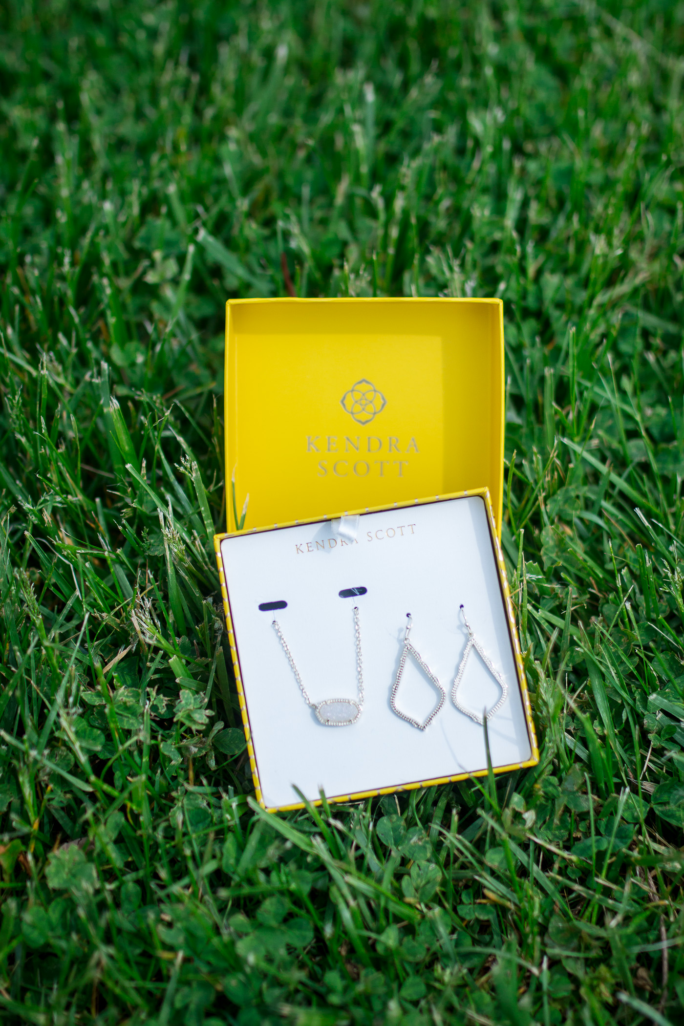Kendra Scott Mothers Day Gift Set