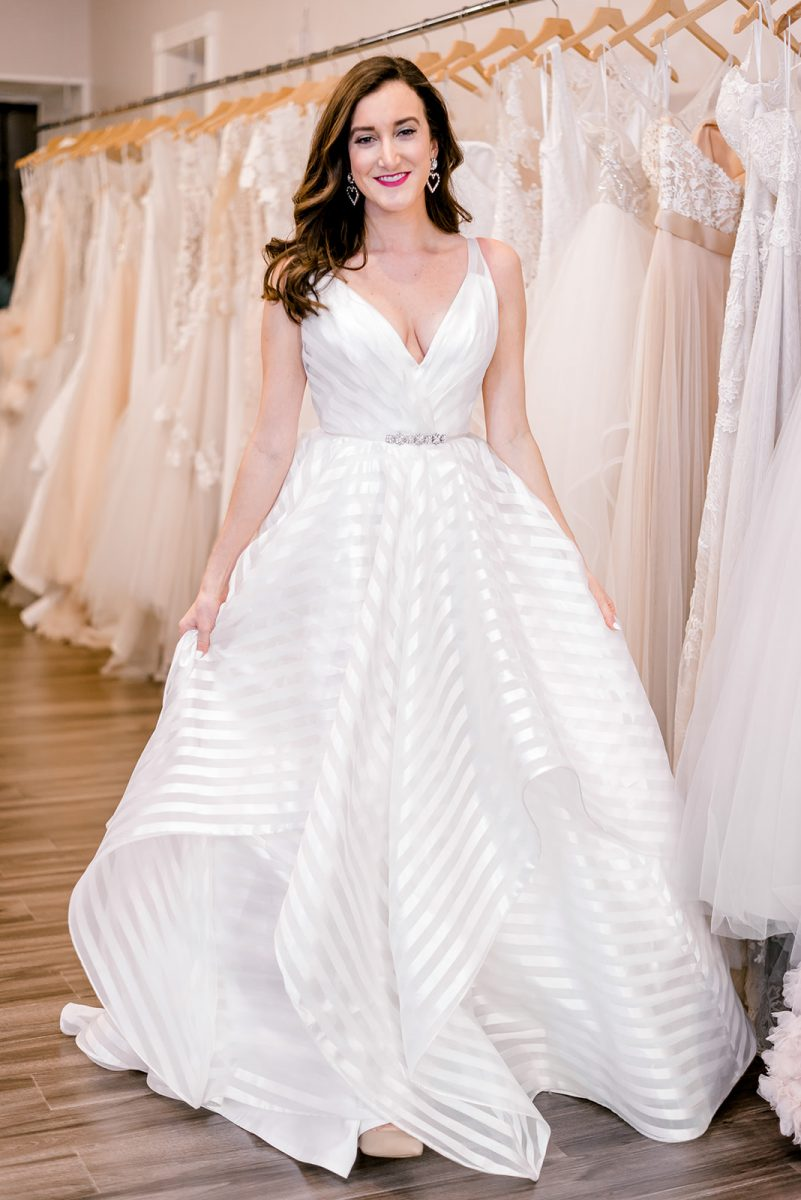 Cincinnati blogger Olivia Johnson of Baubles to Bubbles wearing a Hayley Paige wedding dress at Luxe Redux Bridal