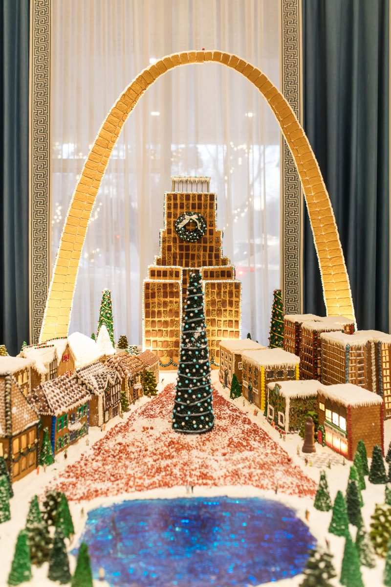 St. Louis Arch Gingerbread House