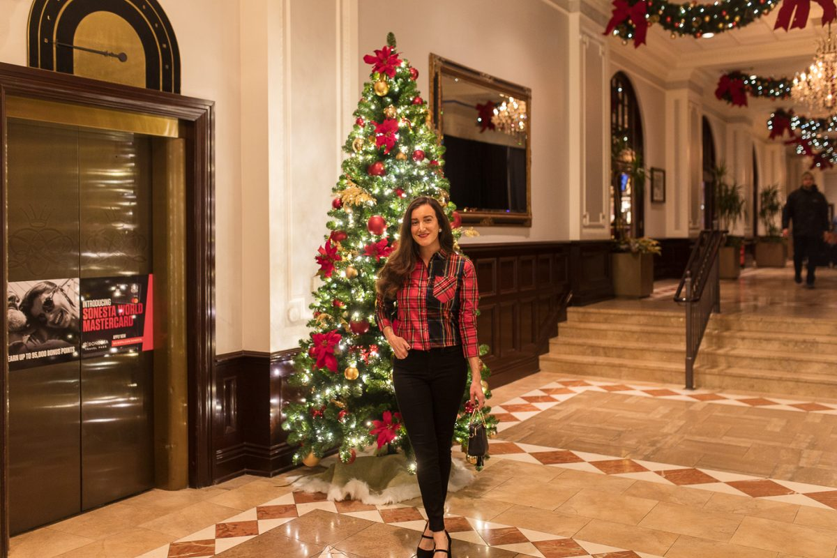 Cincinnati blogger Olivia Johnson at The Chase Park Plaza in St. Louis