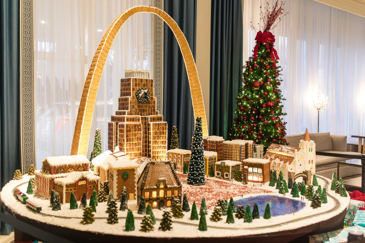 St. Louis Arch Gingerbread